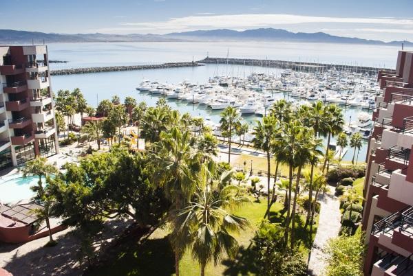 1MAINHC low Courtesy Hotel Coral and Marina