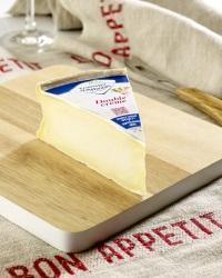 Fromager dAffinois 2 credit Fromagerie Guilloteau