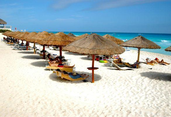 One Of Cancuns Many Beautiful Beaches