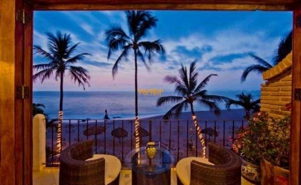 Vallarta Shores Condo # 6 Playa Los Muertos