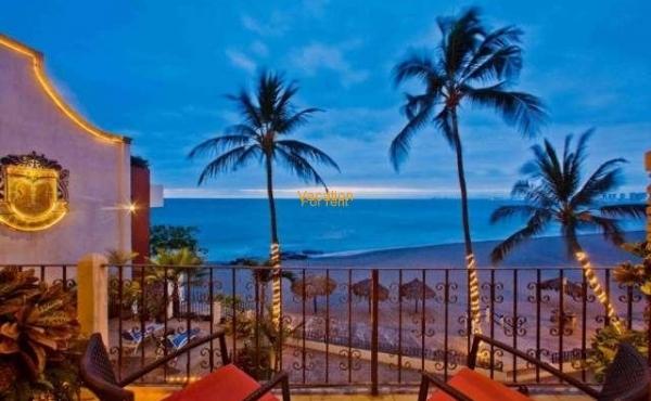 Vallarta Shores Condo # 7 Playa Los Muertos