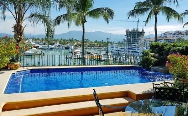 pool-marina-view