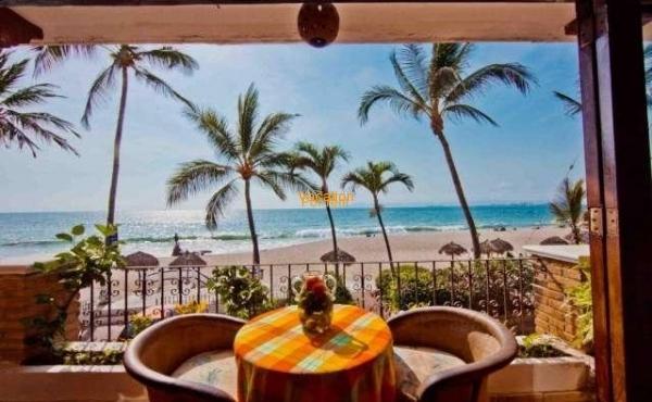 Vallarta Shores - ¡Frente a la playa!
