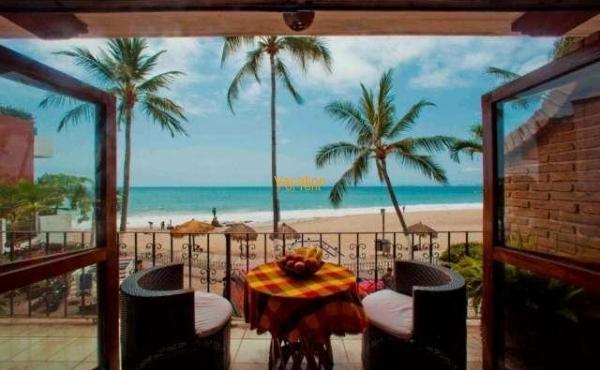Vallarta Shores Condo # 3 Playa Los Muertos